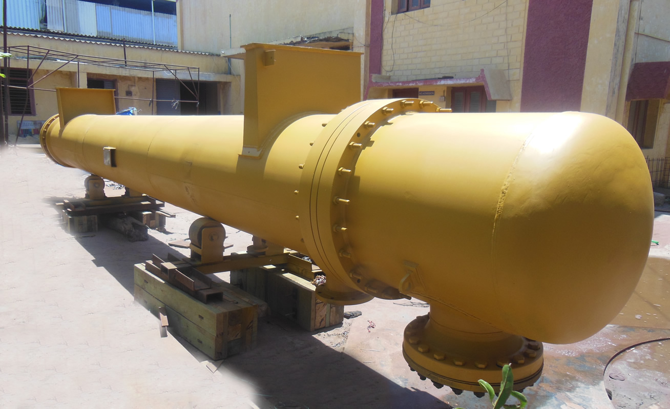 Vertical Shell and Tube Heat Exchanger | United Heat